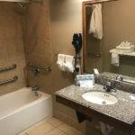 accessible bathroom at Beachcomber Inn